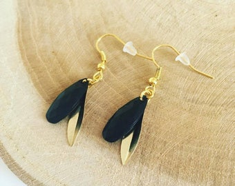 "Earrings ""Drop black & petal of gold"""