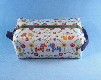Dala Horse Boxy Bag