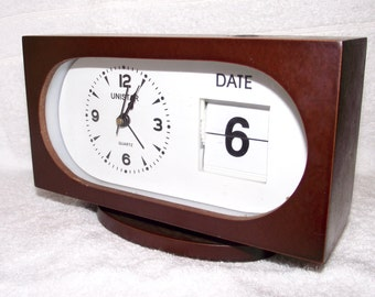 vintage Unistar quirky Genuine Desk Date Alarm clock