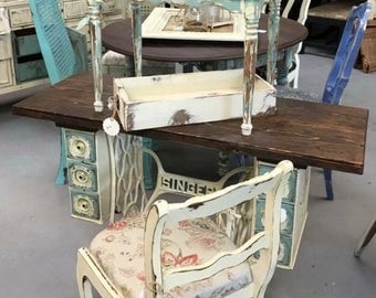 SOLD!! Singer Treadle sewing machine desk / table
