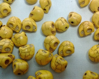 Clearance! 20 Yellow Skull Head Stone Beads Spacers - #095
