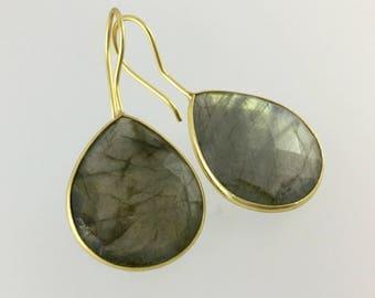 Labradorite earrings/Labradorite drop earrings/Labradorite dangle earrings/Grey stone earrings/Labradorite jewellery/drop/dangle/gold/Silver