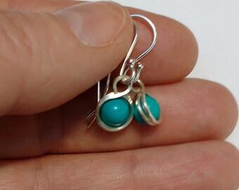 Turquoise drop earrings, turquoise earrings, turquoise bead earrings, silver and turquoise earrings, turquoise  beads, silver drop earrings