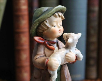 "Large Goebel Hummel Figure ""The Lost Sheep"" 68/0 TMK-6 1983"