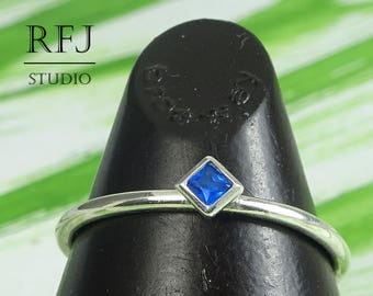 Kite Synthetic Sapphire Silver Ring, Rhombus Setting Stacker September Birthstone Princess Cut 2x2 mm Blue Sapphire Classic Promise Ring