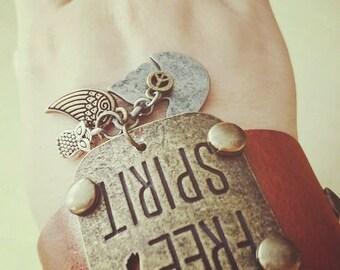 Leather bracelet Free Spirit
