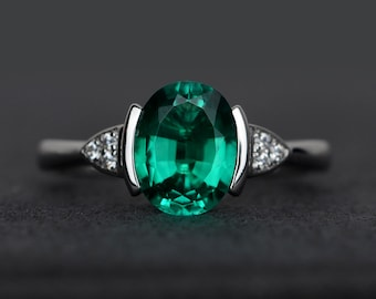 oval emerald ring silver green gemstone ring anniversary gift engagement ring bezel setting