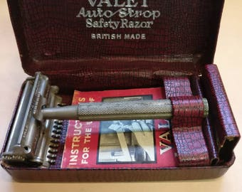 Vintage Valet Safety Razor, Made in England, in original box with instructions