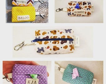 Sanitary bag dispensers leash for dogs, practical bag case opening and zipper, personalized with name