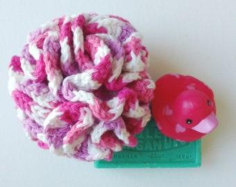Handmade Crochet bath puff - cotton - Chamallow à la fraise
