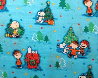 SNOOPY Charlie Brown CHRISTMAS Holiday TV Movie Cartoon Comic Quilt Liscensed Novelty Kid Boy Girl Baby Green Red Blue Yellow Cotton Fabric
