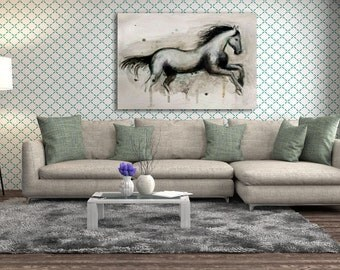 Wide paint horse with texture