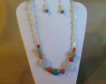 148 Green and Red Adventurine and Red Carnelian Cracked Agate with Amazonite Squares and Mosaic Magnesite Turquoise Center Oval Necklace