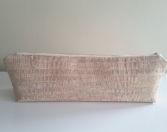 Case for flat iron / curling iron from Cork fabric