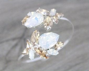 Bridal bracelet, White opal Crystal Bracelet, Wedding jewelry, Opal bracelet, Cuff bracelet, Arm cuff, Wedding bracelet, Bridesmaid bracelet
