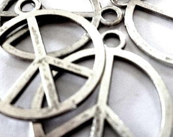 Silver Tone Metal Single Peace CND Pendants - H296