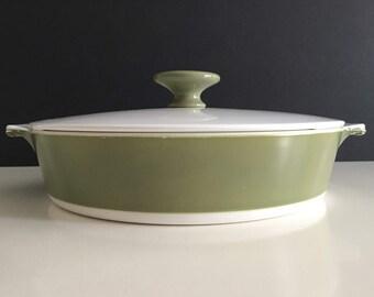 Vintage Corning Ware Avocado Round Shallow Casserole Dish w/ Lid