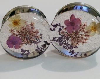 "Real FLOWER Plugs PURPLE and WHITE Handmade Girly Guages. 0g (8mm) to 2"" (51mm) Single or Double Flare sold in pairs"
