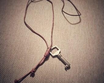 Key Necklace Vintage Key SteamPunk Brown Leather Cord Skeleton Key Pendant