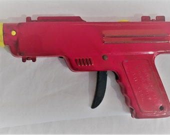 ON SALE!!!  Repeater Water Pistol