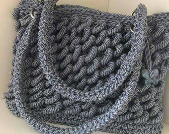 Crochet shopping bag in braided lanyard