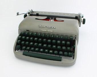 Vintage Remington  travel riter typewriter, Remington typewriter