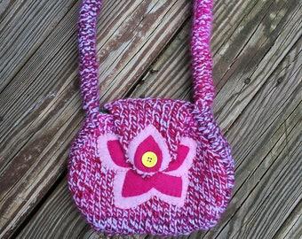 Little Girls Flower Purse, Mini Purse with Felt Flower Applique, Girls Hand Bag, Small Purse for Girls, Pink Flower Bag, Knit Purse