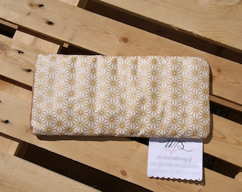 Removable dry hot water bottle to organic flax seeds