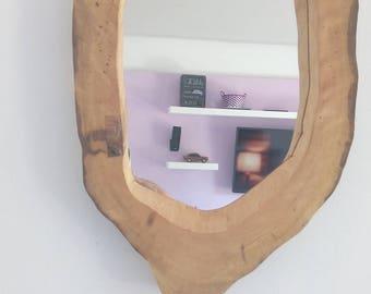 Hollow wanlut log mirror
