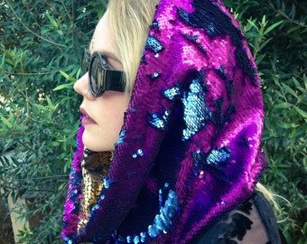 Magic Double-Sided Sequin Hood | purple / royal blue