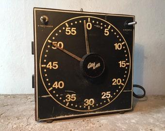 gralab model 300 electro-mechanical dark room timer