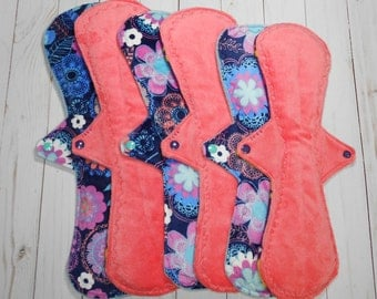 "Basic Postpartum Collection | Set of 6 Symmetrical Postpartum (Super Heavy/Overnight)  Cloth Pads | 14"", 15"", 16"""