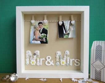 Wedding Present Photo Frame : ... Frame - Mr and Mrs Gift - Wedding Gift - Wedding Present - Photo Frame