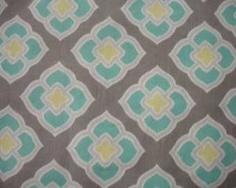 Reversible Gray Placemats with Teal and Yellow Flowers    Set of 4