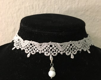 Gray lace Choker