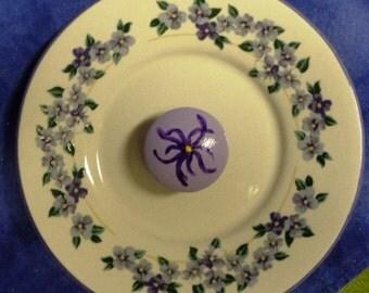 Handmade Upcycle Plate Wall Hanger: Stoneware Plate with HYDRANGEA Flowers & Handpainted Knob ~ Item #8