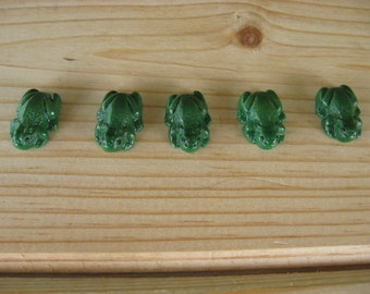 5 Pieces Miniature Polymer Clay Frogs