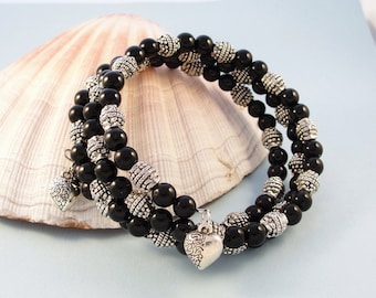 Black and silver bead bracelet / memory wire bracelet / silver heart charms / fits most