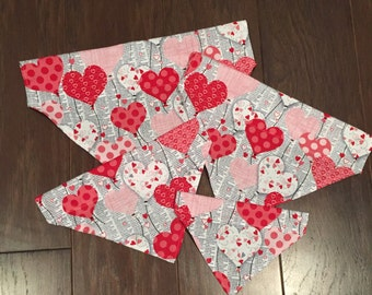Newspaper Hearts Over the Collar Bandana
