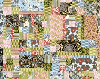 Fat Quarter Frolic Quilt Pattern