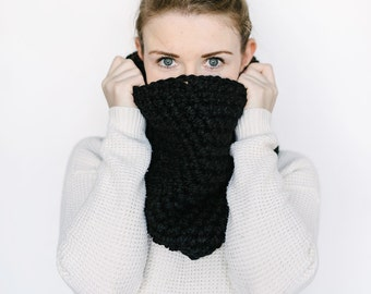 Cowl Scarf // in BLACK