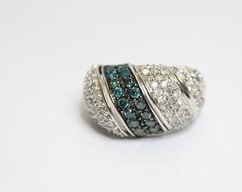 10k White Gold 2.00ctw White Diamond and Blue Diamond Ring Size 6