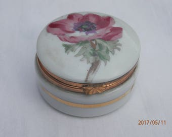 Vintage Limoges hinged pill box with poppies and violets