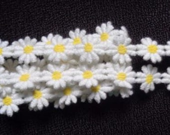 ivory/yellow daisy trim 1/2 inch wide price for 1 yard