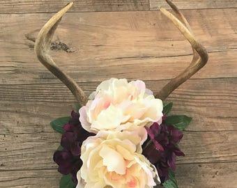 Floral Deer Antler Mount, Deer Antler Mount, Floral Antlers, Real Antler Mount, Farmhouse Decor, Antler Decor, Farmhouse, Rustic, Cabin
