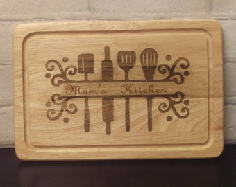Personalised laser engraved 'mum's kitchen' wood chopping board