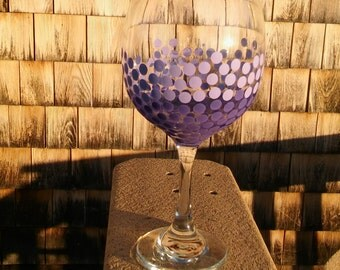 Dot Wine Glass Purple Ombre