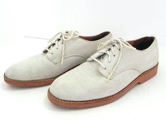 1950s Style Vintage White Buck Shoes Red Rubber Soles / 50s Suede Classic ROCK and ROLL Oxfords UD 8.5