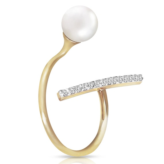La Neve- Gold  RING With DIAMONDS & PEARL