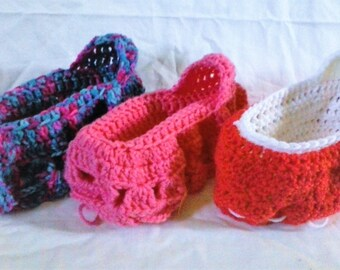 Crocheted Cradle Purse